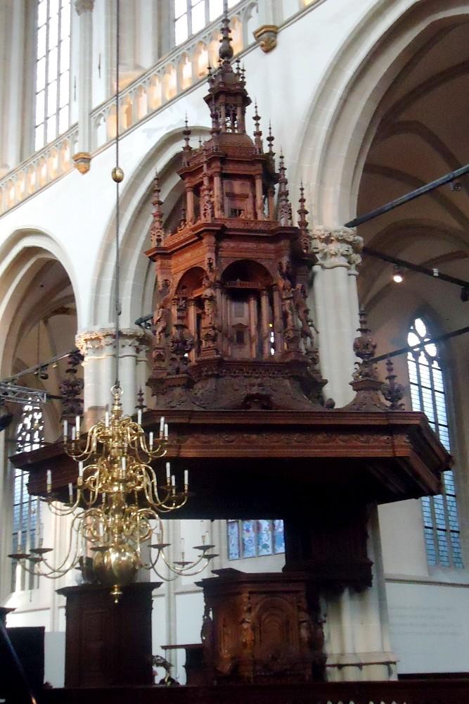 Pulpito in legno della Chiesa Nuova (Nieuwe Kerk) nella Parte Nuova di Amsterdam in Olanda