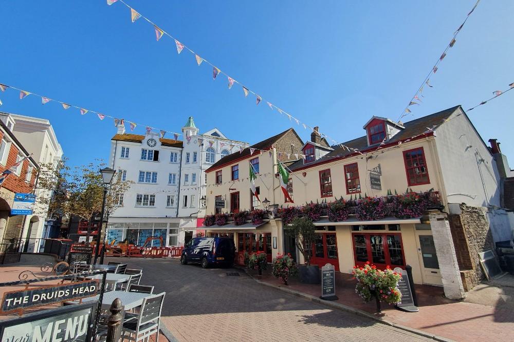 Piazza nel quartiere di The Lanes a Brighton in Inghilterra