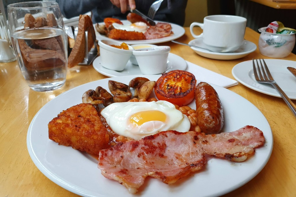 Full english breakfast alla Kempfield House di Brighton in Inghilterra