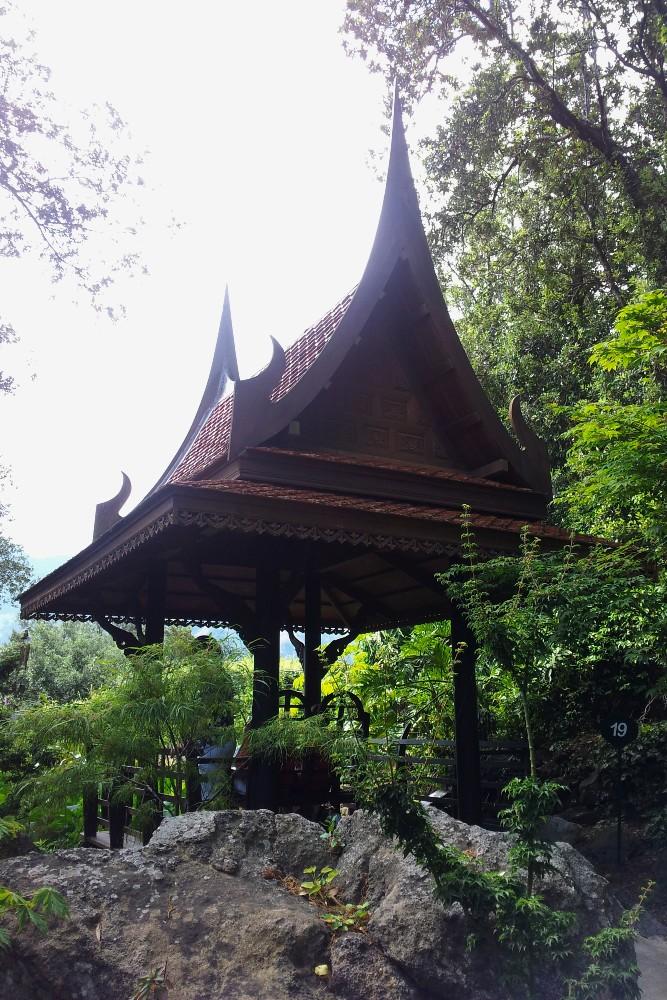 Sala Thai nei Giardini La Mortella di Ischia