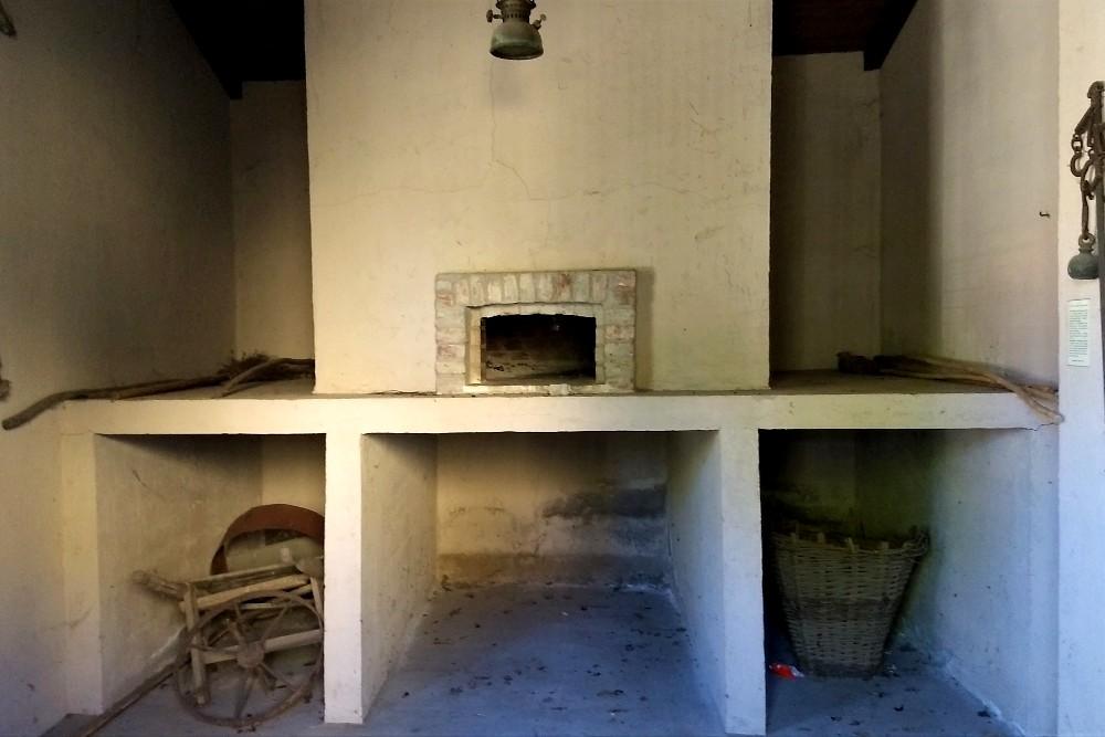 Forno di Morimondo nel borgo in provincia di Milano, Lombardia