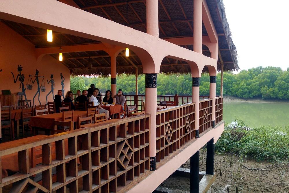 Terrazza ristorante dell'Hotel Trecicogne a Morondava in Madagascar