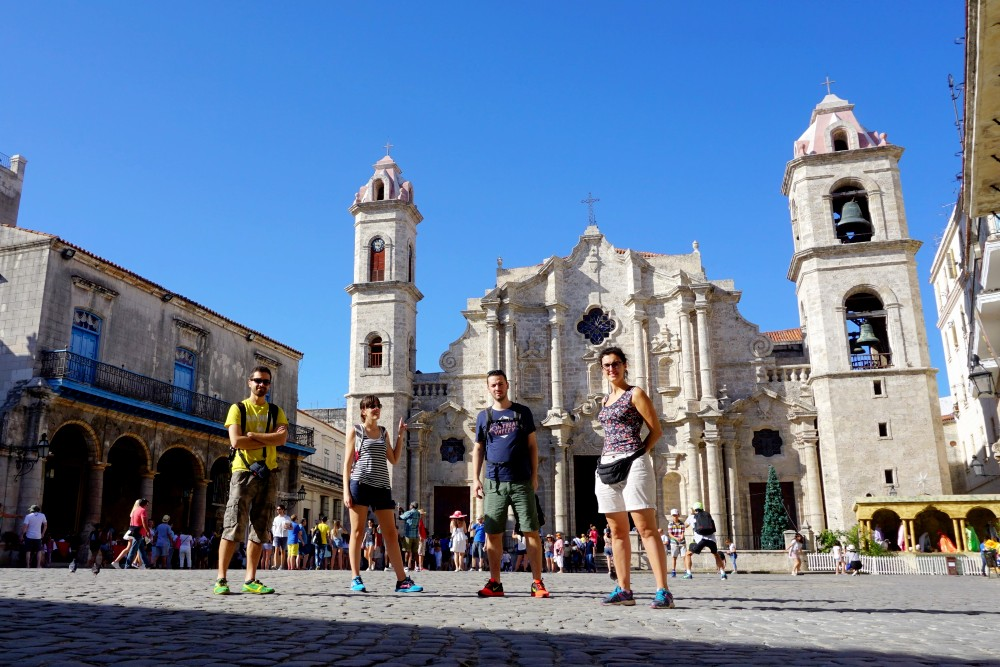 Plaza de la Catedral nell'Habana Vieja a Cuba