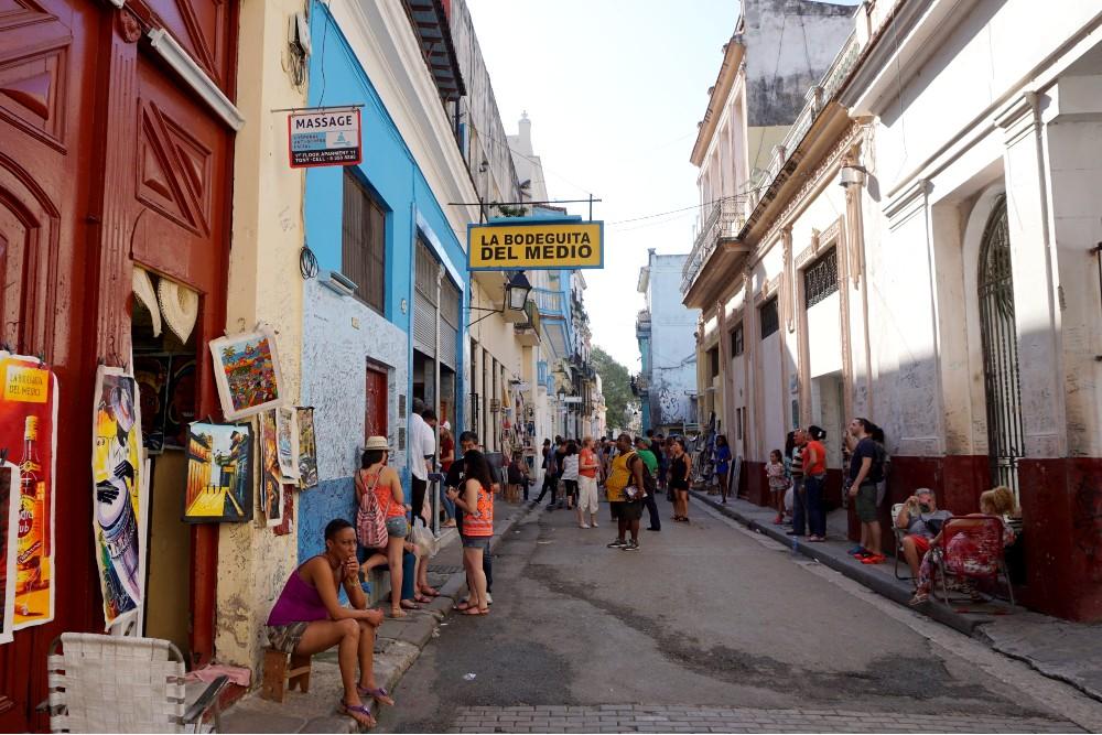 Viaggio a Cuba: la Bodeguita del Medio nell'Habana Vieja