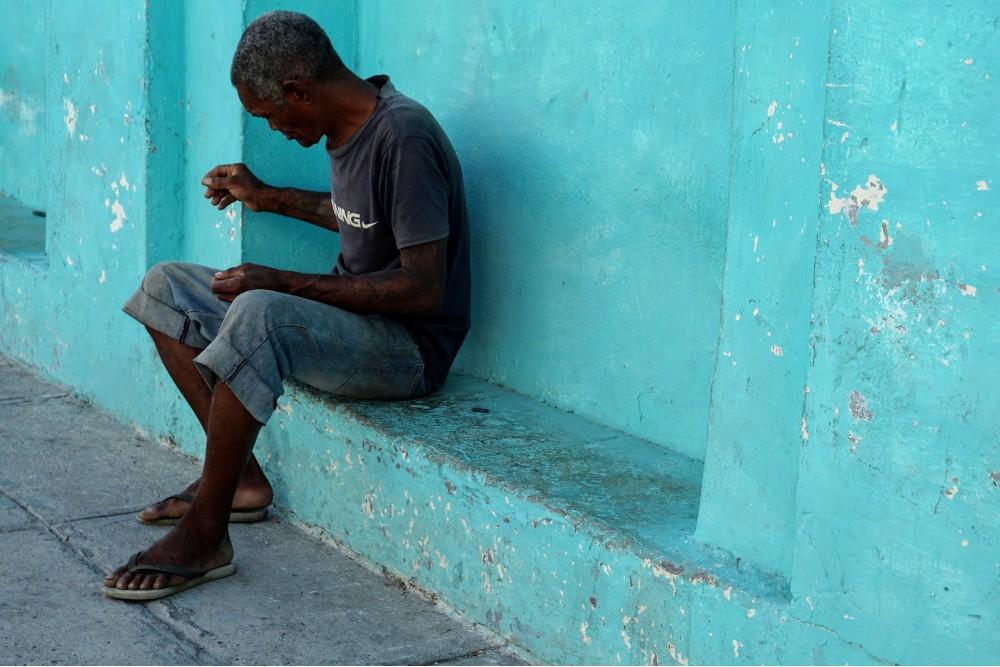 Camminando tra le strade colorate di Cienfuegos a Cuba