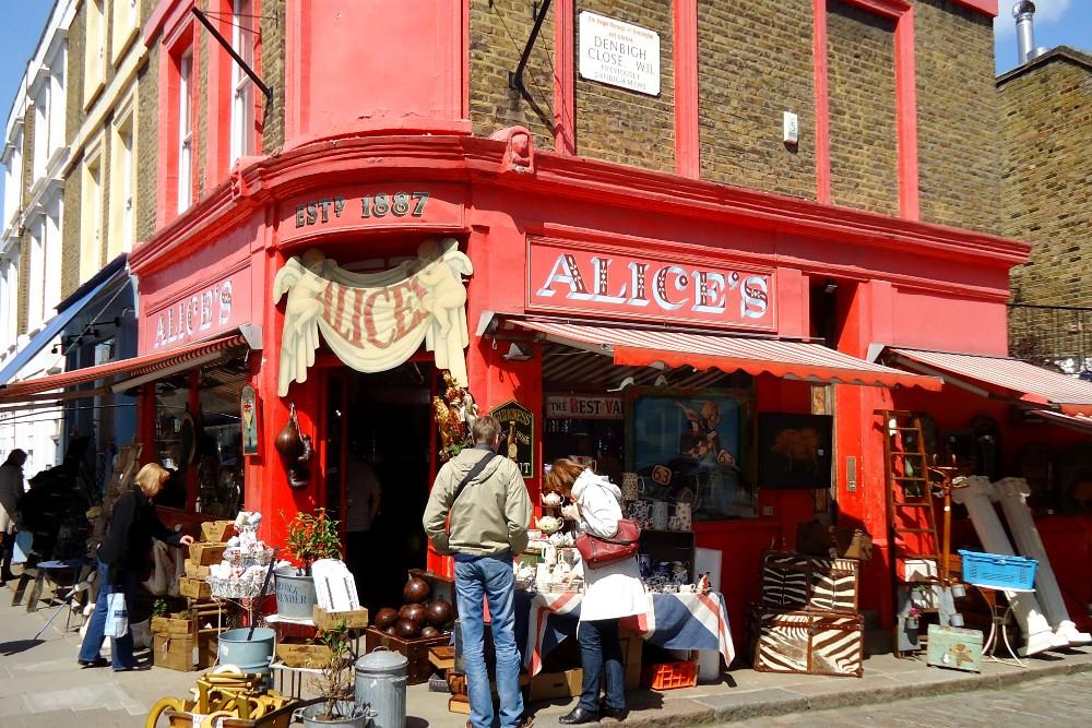 Cosa vedere a Londra: negozi e bancarelle di Portobello Road Market a Notting Hill