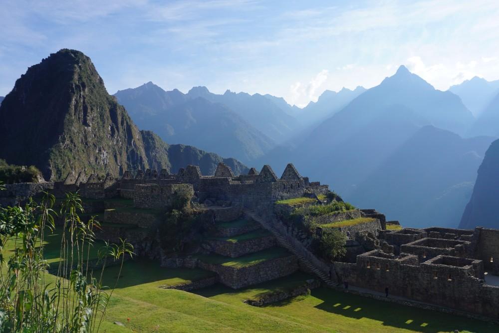 Vista dall'interno delle rovine inca di Machu Picchu in Perù